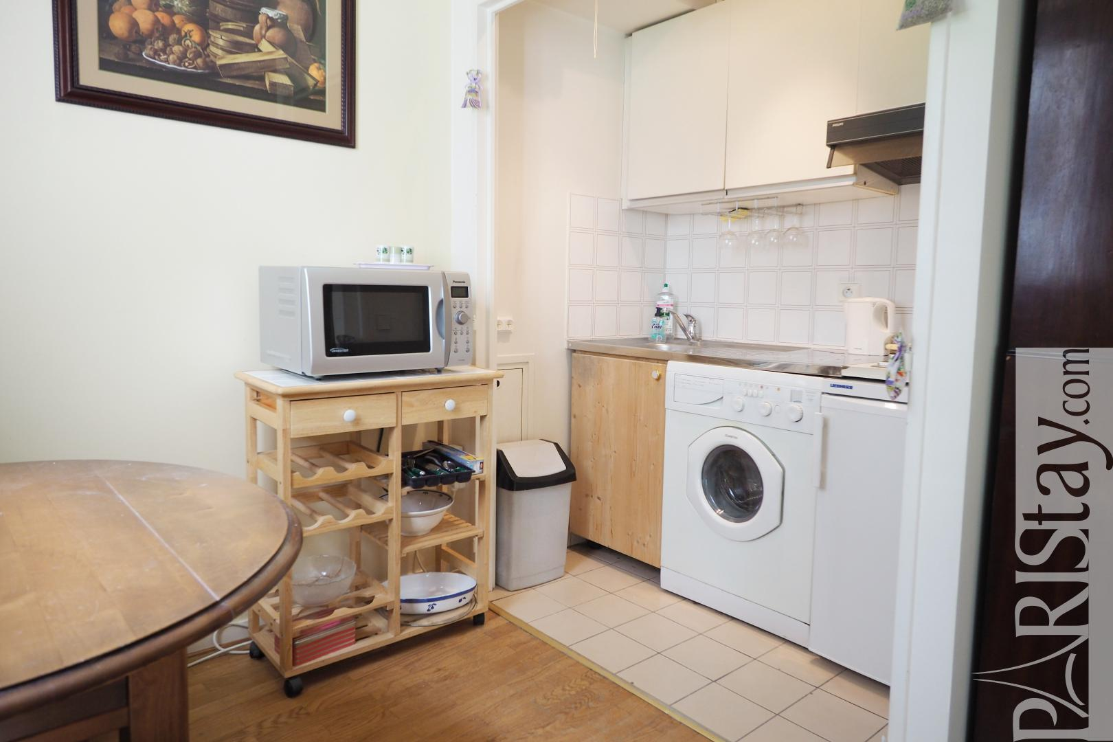 Location appartement paris studio alcove meuble 75007 for Location studio meuble paris