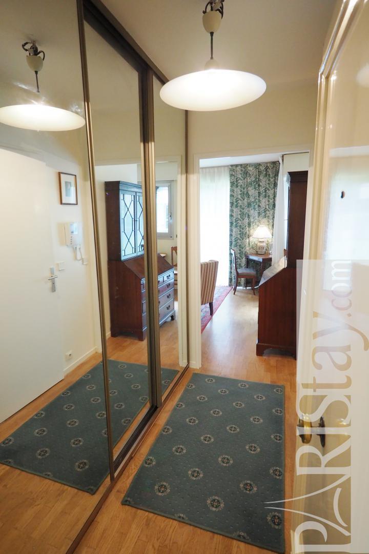 Location appartement paris studio alcove meuble 75007 for Location paris meuble