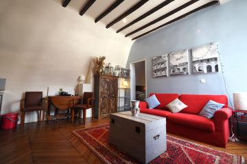 1 bedroom of Marais Heritage Paris apartment rentals Le Marais