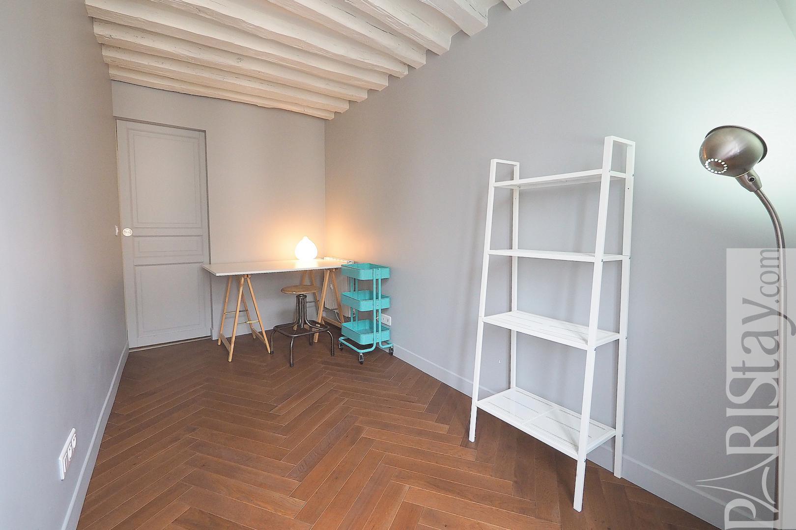 location appartement paris t2 meubl la bourse. Black Bedroom Furniture Sets. Home Design Ideas