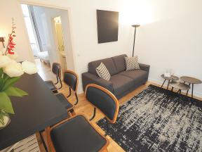 976 Long Term Rentals In Paris
