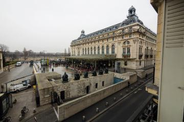 Apartment Orsay museum view