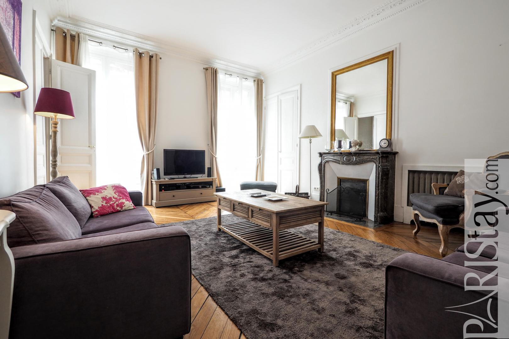 Paris 2 bedroom apartment for rent, furnished, Orsay museum