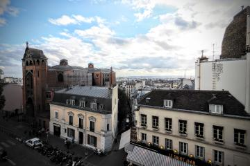 Apartment Abbesses view