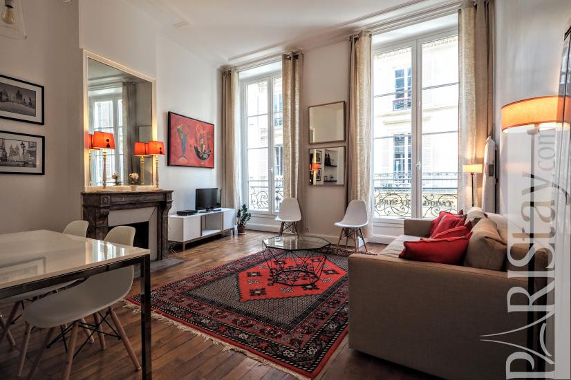 Astonishing Paris Apartment Rental Furnished 2 Bedrooms Louvre Palais Royal Beutiful Home Inspiration Xortanetmahrainfo