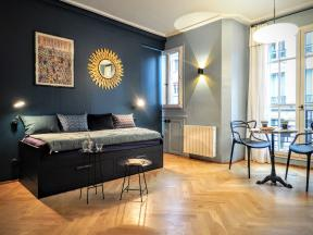 Paris chic studio
