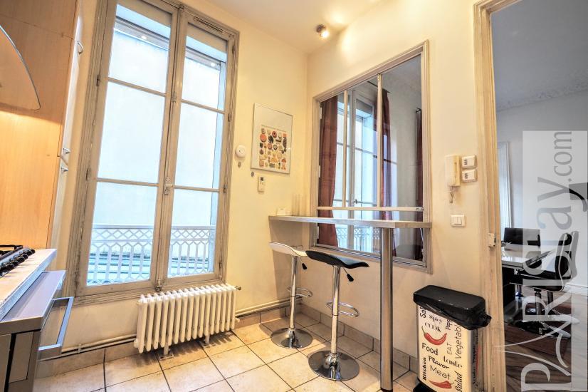 paris location appartement meubl longue dur e t4 madeleine opera. Black Bedroom Furniture Sets. Home Design Ideas