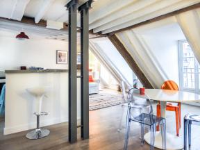 Apartment Montorgeuil charming rooftops - 1 bedroom