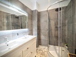 75 Short Term Apartment Rentals In Paris
