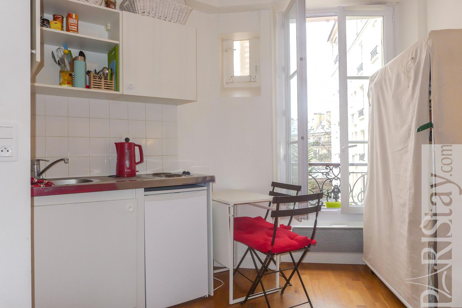 Pied À Terre Paris apartments in paris long term studio rental trocadero