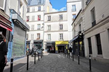 2 bedrooms of Montmartre Abbesses 2BR Apartment Montmartre