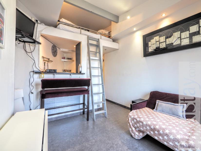 Selected Furnished Apartment Rentals Near The Arc De Triomphe In Paris