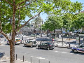 apartments rental paris near saint marcel metro station line m5. Black Bedroom Furniture Sets. Home Design Ideas