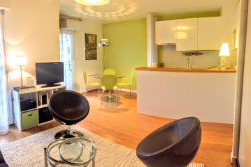 studio of Thiere trendy studio apartments in Paris Bastille