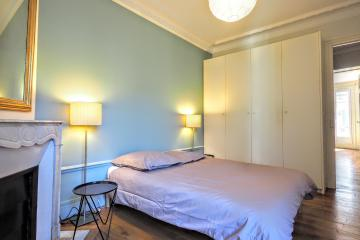 2 bedrooms of Paris Convention Center Apartment Convention