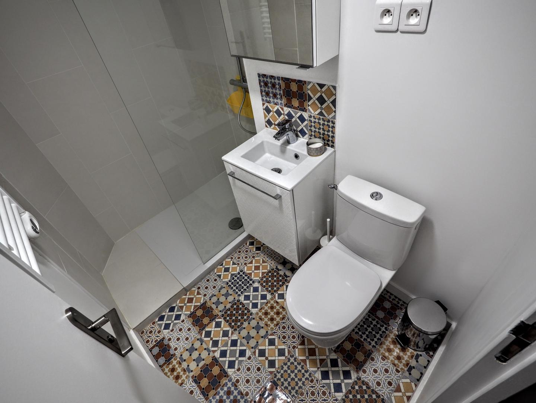 appartement meubl paris louvre studio. Black Bedroom Furniture Sets. Home Design Ideas