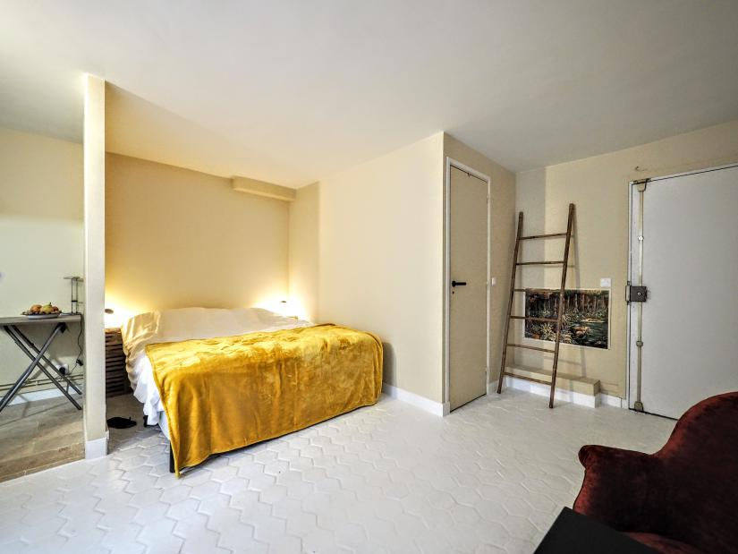 20 Short Term Apartment Rentals In Paris
