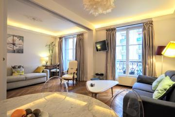 2 bedrooms of Chic Bon Marché Paris apartment rentals Bon marché