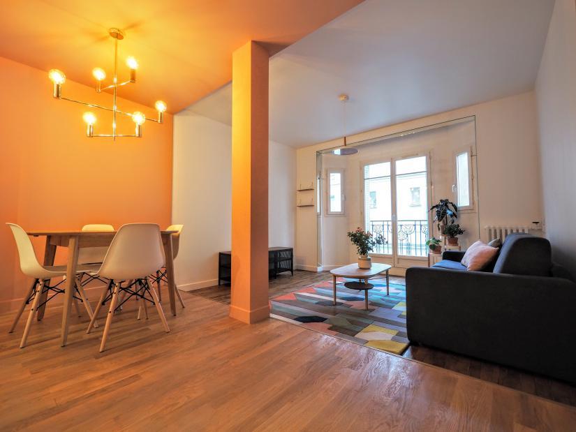 1075 Housing In Paris