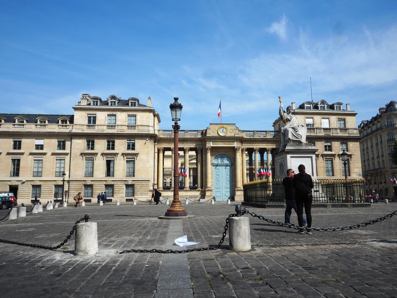 Apartment For Rent In Paris Studio Rental Concorde Assemblee Nationale