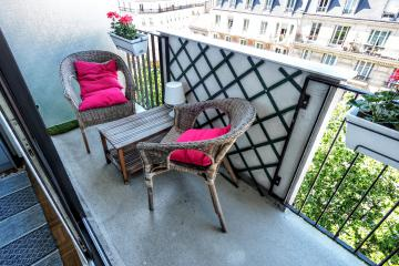 Apartment Lecourbe balcony