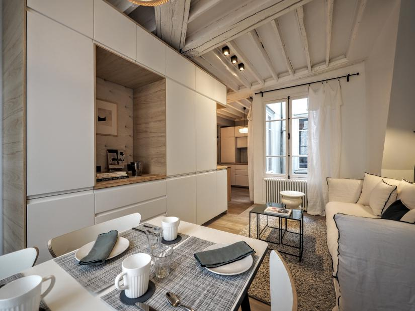 Fabulous Visit Our Selection Of Long Term Apartments Rental In Paris Home Interior And Landscaping Mentranervesignezvosmurscom