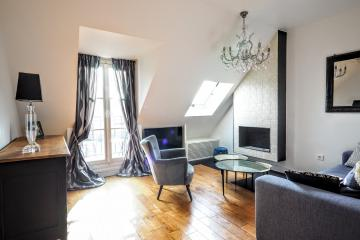 Apartment Paris Rivoli sky view