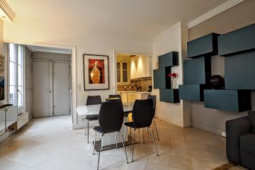 Apartment Verneuil Designer