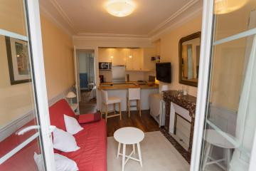 Apartment Mairie 15 Roussin