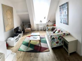 Apartment Faubourg St Martin - 2 beds - 2 bedrooms