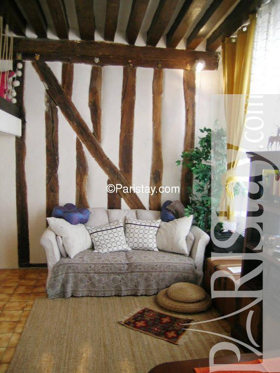 paris location meubl e appartement type t1 studio ferronnerie. Black Bedroom Furniture Sets. Home Design Ideas