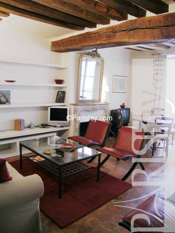paris location meubl e appartement type t3 ile saint louis. Black Bedroom Furniture Sets. Home Design Ideas