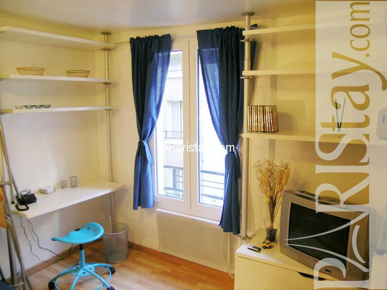 paris location meubl e appartement type t1 studio vandamme. Black Bedroom Furniture Sets. Home Design Ideas