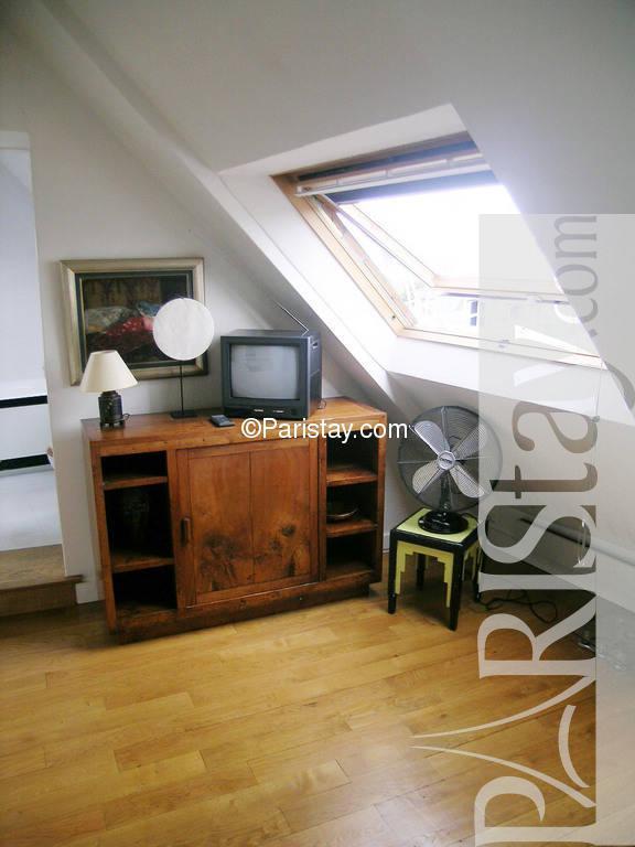 Paris location meubl e appartement type t2 cherche midi 55 for Recherche chambre a coucher