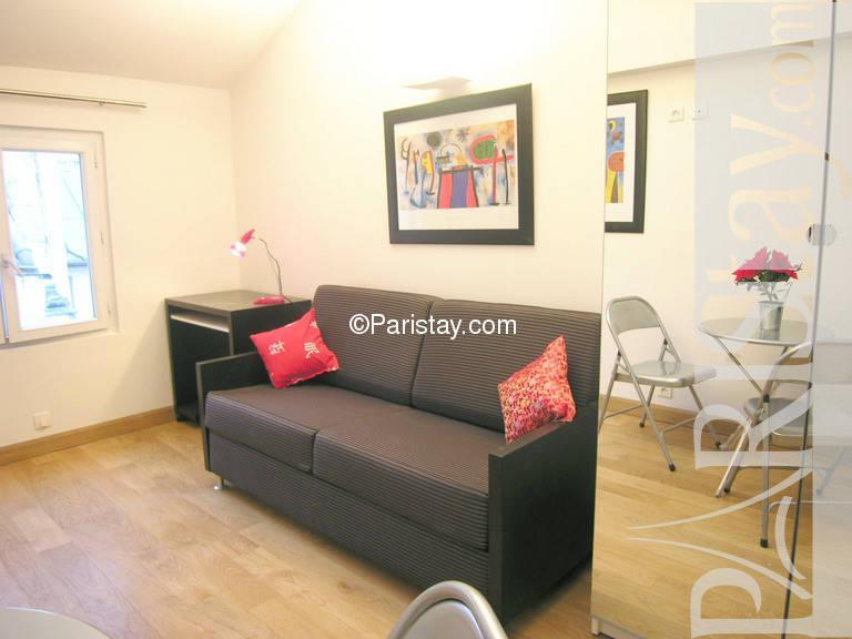 paris location meubl e appartement type t1 studio dussoubs miro. Black Bedroom Furniture Sets. Home Design Ideas