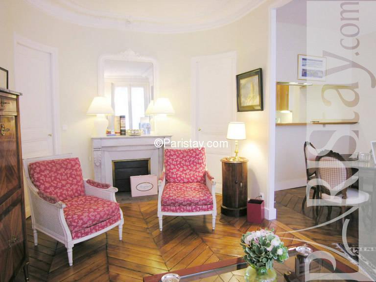 Paris location meubl e appartement type t3 cherche midi 119 for Cherche appartement paris