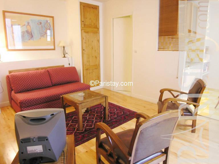 paris location meubl e appartement type t1 studio ecouffes 4. Black Bedroom Furniture Sets. Home Design Ideas