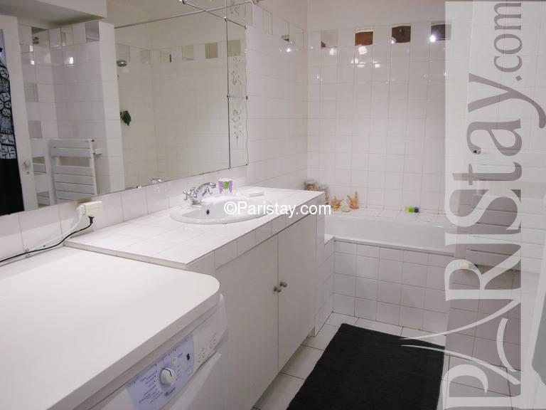 paris location meubl e appartement type t2 tillier. Black Bedroom Furniture Sets. Home Design Ideas