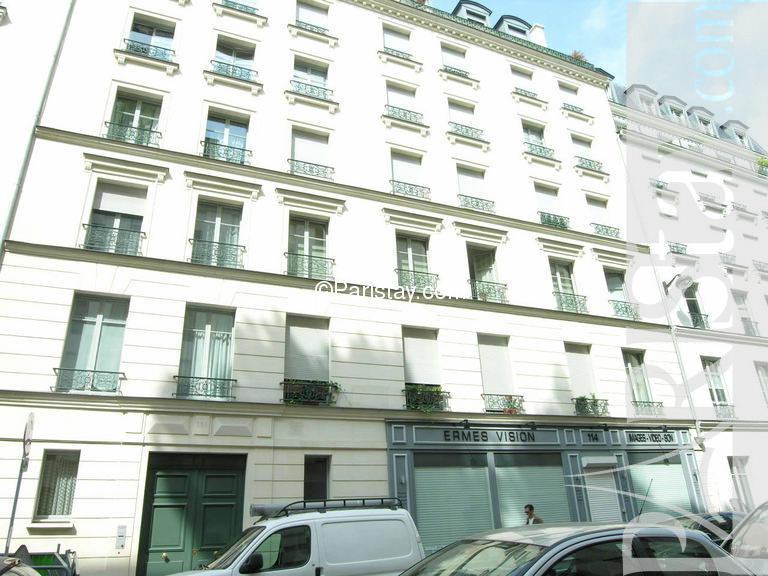 Paris location meubl e type t1 studio cherche midi garden for Cherche appartement paris