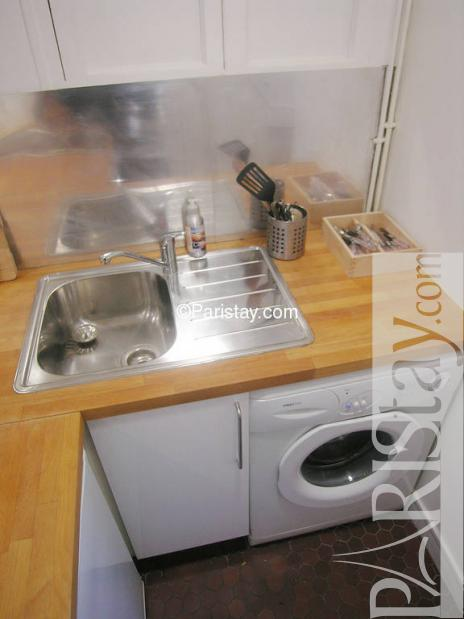 paris location meubl e appartement type t2 bourbon 25. Black Bedroom Furniture Sets. Home Design Ideas