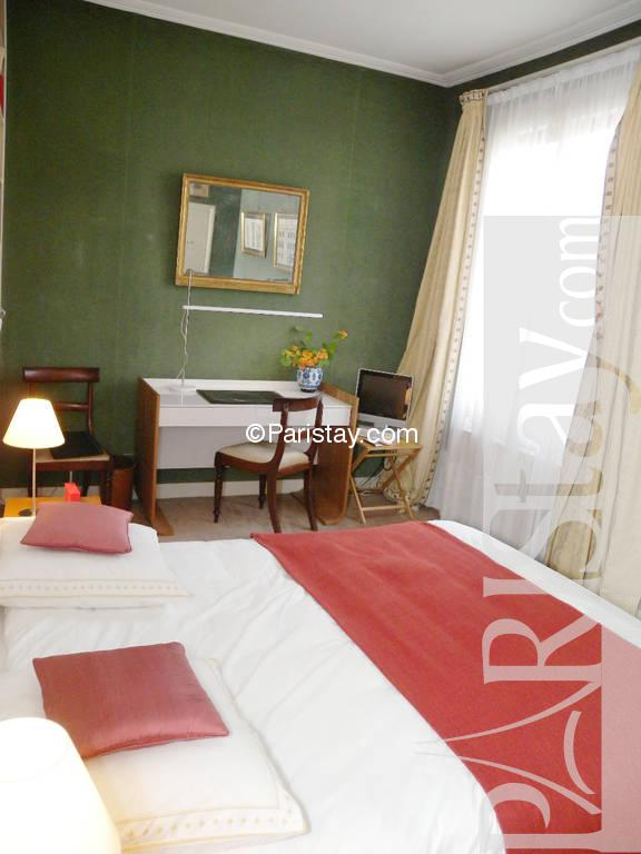 Rentals Ile Saint Louis Apartment For Vacation Paris Ile St Louis 75004 Paris