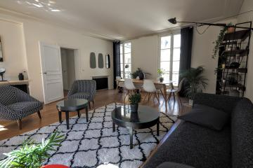 Apartment Place des Vosges Marais 2 Bedrooms