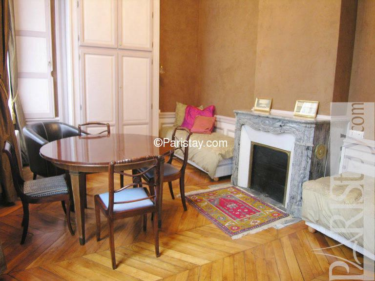 7 appartements paris place des vosges