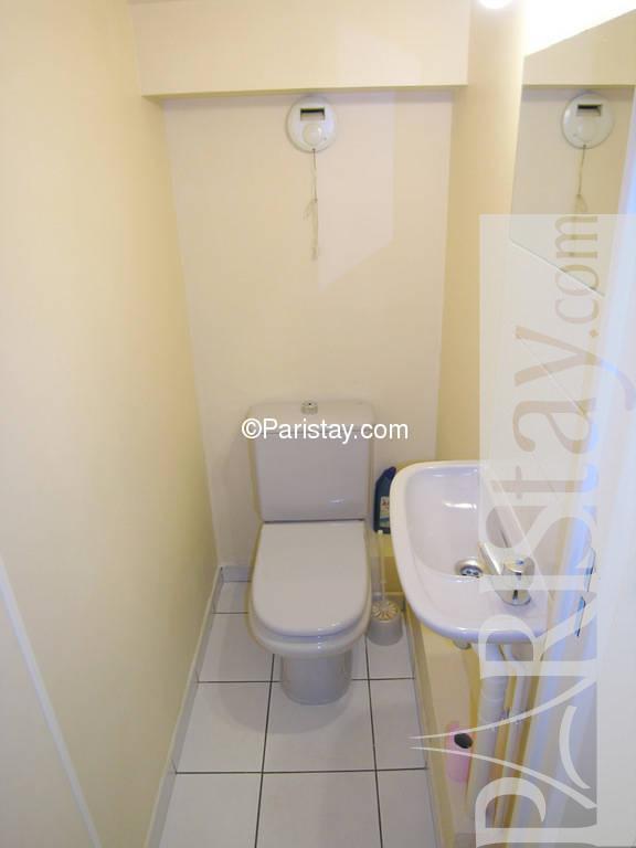 paris location meubl e maison type t4 sedaine bastille. Black Bedroom Furniture Sets. Home Design Ideas