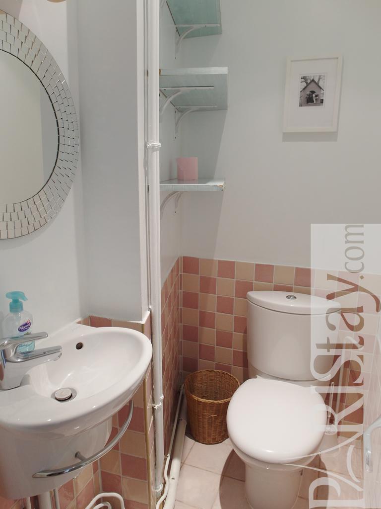 paris location meubl e appartement type t4 marais rosiers 3br. Black Bedroom Furniture Sets. Home Design Ideas