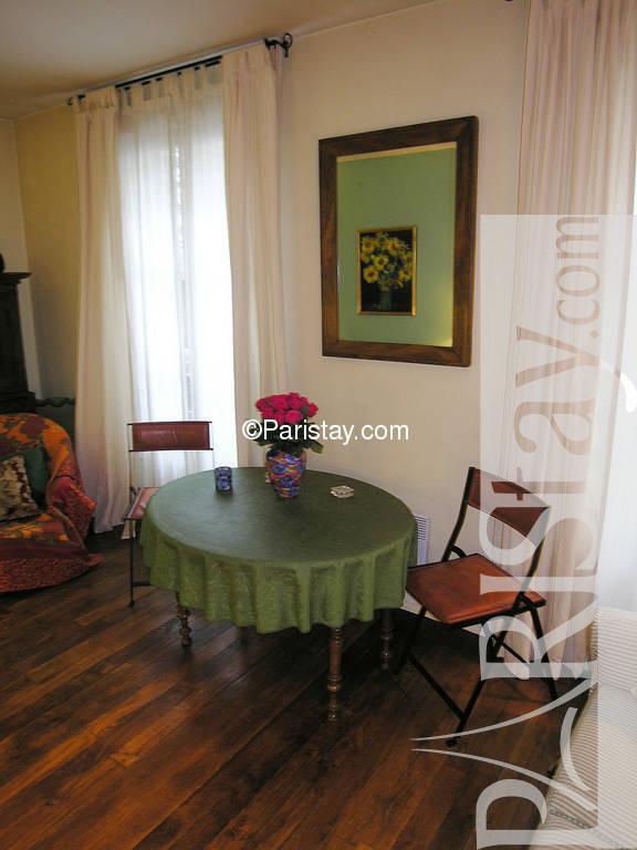 Paris location meubl e appartement type t2 duvivier for Salon duvivier
