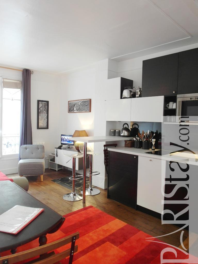 paris location meubl e appartement type t2 popincourt bastille. Black Bedroom Furniture Sets. Home Design Ideas